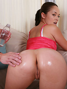 Dazzling Ponytail Chick Kristina Gets Nice Licked and Fucked In Her Wet Cunt