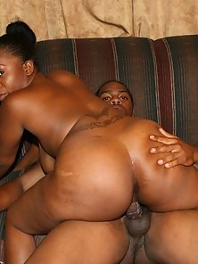 Tattooed BBW Getting Slammed Meaty Schlong in Her Chocolate Muff