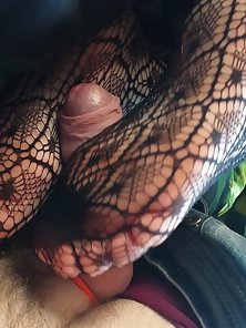Amateur footjob with sexy nylons