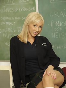 Hot ass big titted blonde schoolgirl gets banged in class