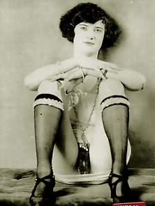 Several sexy vintage ladies showing their fine body parts
