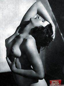 Sexy vintage ladies showing their fine natural female bodies