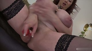 Huge boobs mature skank fucked her pussy with a dildo