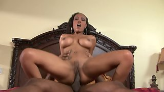 Big Tits Ebony Chubby Babe Slammed in Doggy Style after Tender Suck