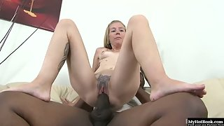 Tattooed blonde white trash getting fucked by black dick