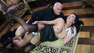 Milf in her black lingerie and stockings fucked hard on the floor